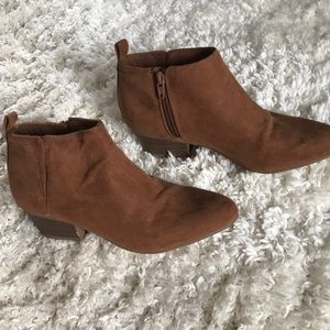 Old Navy shoe boots
